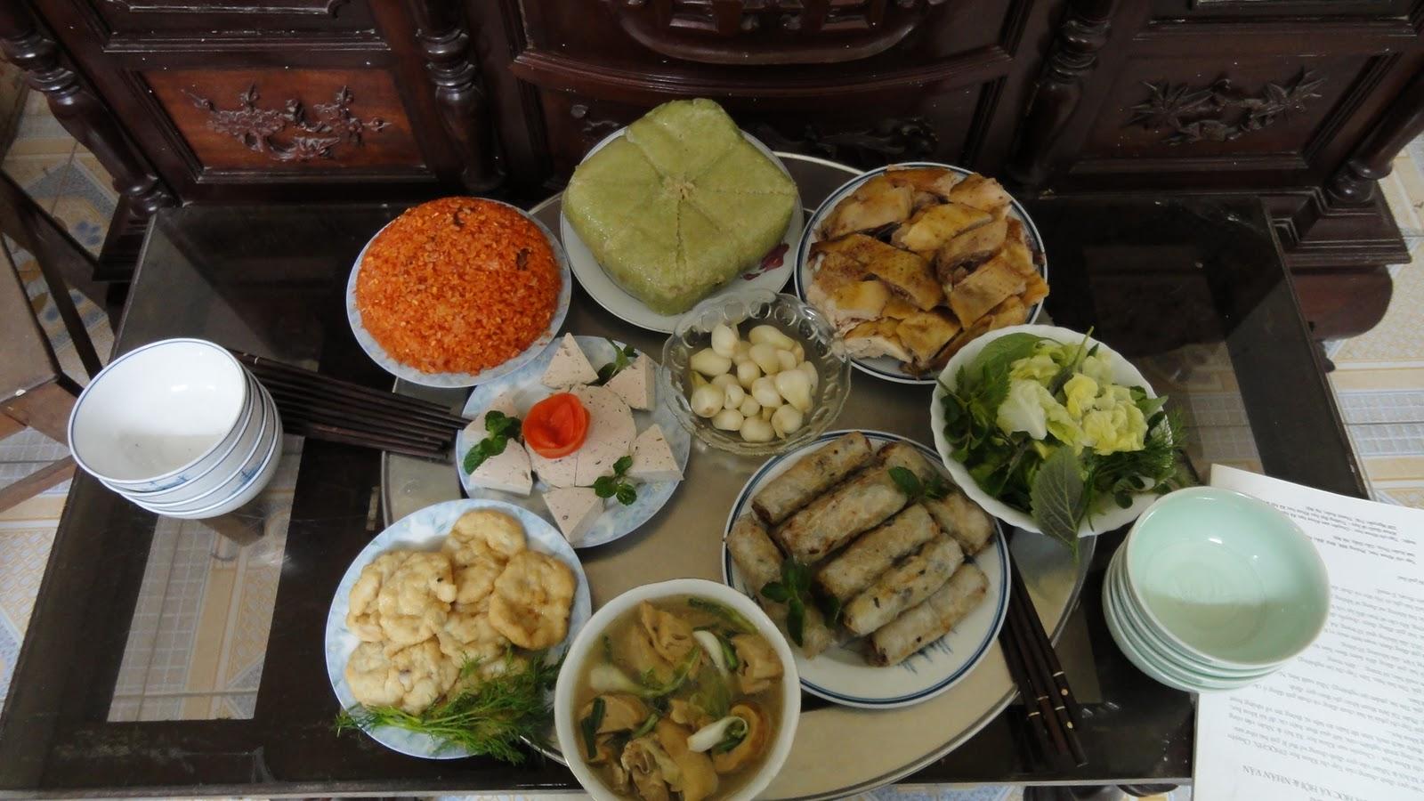 Mâm cơm cúng ngày Tết gồm những món nào?