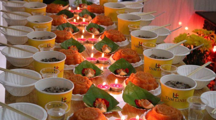 Khi nhắc tới tháng 7 trong âm lịch trong tâm thức người Việt đều nghĩ đến 2  ngày lễ quan trọng là lễ Vu Lan báo hiếu và lễ cúng cô hồn.